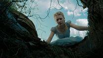 Alice no País das Maravilhas Trailer Legendado