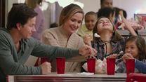 De Repente uma Família Trailer Dublado