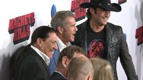 Adoro Hollywood: Mel Gibson, Danny Trejo e Robert Rodriguez falam sobre Machete Kills
