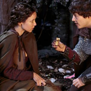 Foto Alexander Vlahos, Angel Coulby