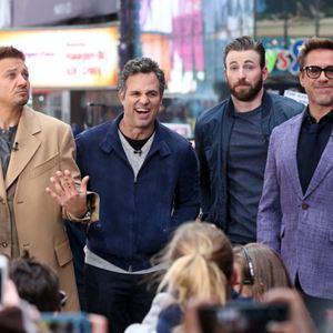 Vingadores: Era de Ultron : Vignette (magazine) Chris Evans, Jeremy Renner, Mark Ruffalo, Robert Downey Jr.