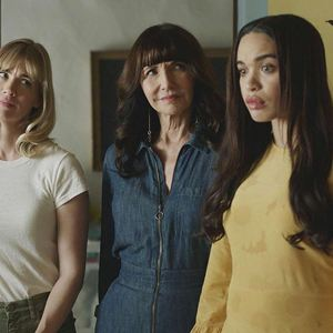Foto Cleopatra Coleman, January Jones, Mary Steenburgen