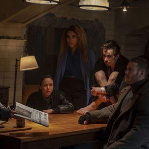 Foto Aidan Gallagher, David Castaneda, Ellen Page, Emmy Raver-Lampman, Robert Sheehan