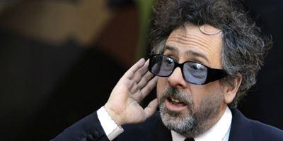 Tim Burton critica os filmes de super-herói da Marvel