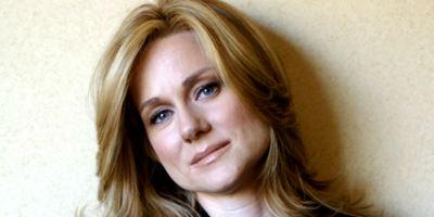 Laura Linney será a esposa de Tom Hanks no próximo filme de Clint Eastwood