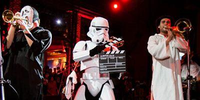 Bloco de carnaval transforma temas clássicos do cinema em marchinhas