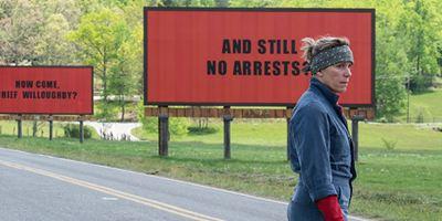 Três Anúncios para um Crime inspira outdoors de protesto na Flórida e na Inglaterra