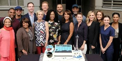 Grey's Anatomy: Elenco e equipe reagem às saídas de Jessica Capshaw e Sarah Drew
