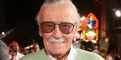 Stan Lee entra com processo bilionário contra empresa que fundou