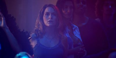 Claudia Abreu interpreta taxista que se faz de detetive em trailer do suspense Berenice Procura