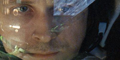 First Man: Ryan Gosling se transforma no astronauta Neil Armstrong nas primeiras imagens da biografia