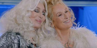 Mamma Mia! Lá Vamos Nós de Novo: Vídeo promocional destaca o momento mágico em que Cher canta hit do ABBA