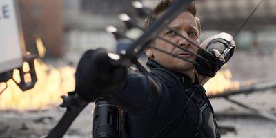 Vingadores 4: Jeremy Renner aparece como Gavião Arqueiro em nova imagem