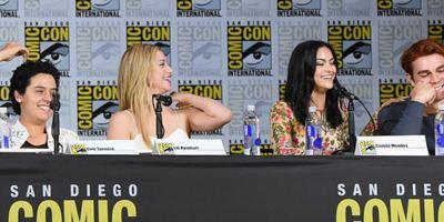 Comic-Con 2018: Elenco de Riverdale revela seus pedidos especiais para as gravações