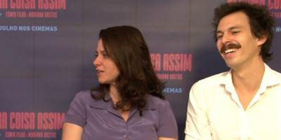 Alguma Coisa Assim: Diretores Esmir Filho e Mariana Bastos falam sobre desenvolvimento do longa a partir do curta de 2006 (Entrevista)