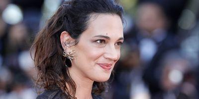 Asia Argento fez acordo para abafar acusação de assédio de ator adolescente