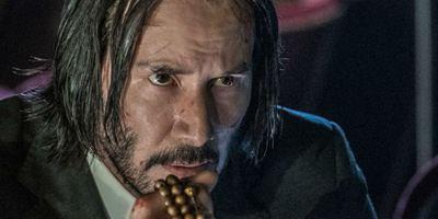 John Wick 3: Novo cartaz mostra que Keanu Reeves está de olho em você