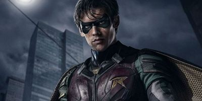 Titãs: Netflix organiza protesto no Beco do Batman para divulgar série do Robin
