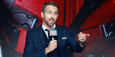 Ryan Reynolds adiou cirurgia para divulgar filme do Deadpool na China