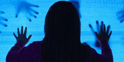 Filmes na TV: Hoje tem Poltergeist - O Fenômeno e Se Beber, Não Case! Parte III