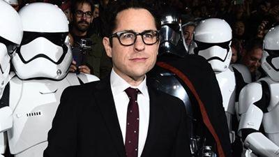 J.J. Abrams revela que Star Wars vai ter primeiro personagem abertamente gay