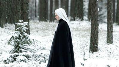 """Exclusivo: """"A emoção nasce do mistério"""", afirma a diretora Anne Fontaine sobre o drama Agnus Dei"""