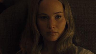 Novo pôster de Mãe! tem Jennifer Lawrence sem vida, com fogo nos olhos