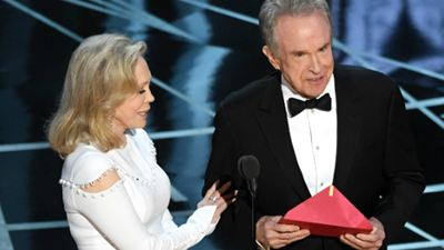 Warren Beatty e Faye Dunaway, protagonistas da gafe do Oscar 2017, podem apresentar novamente a categoria de melhor filme