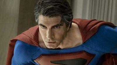 Crise nas Infinitas Terras: Novas imagens trazem os Superman's de Tom Welling e Brandon Routh