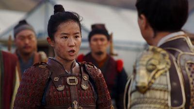 Mulan assume o lugar de seu pai na guerra em novo teaser