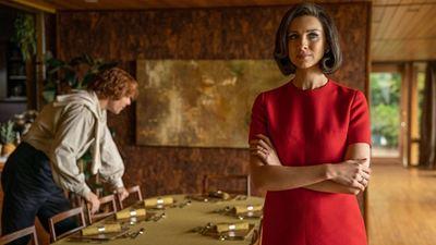 Outlander: Por que Claire foi para os anos 1960 no final da 5ª temporada?
