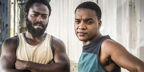 """""""Às vezes me lembra muito o Boyhood"""": Elenco e equipe falam sobre a nova temporada de Cidade dos Homens"""