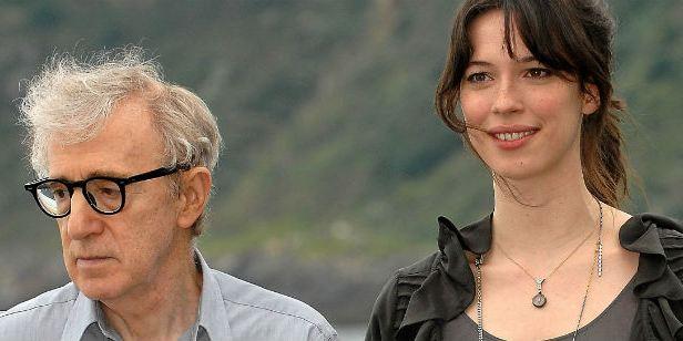 Rebecca Hall doa salário recebido em filme de Woody Allen para o movimento Time's Up