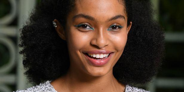 Adaptação do best-seller O Sol Também é uma Estrela escala atriz de Black-ish como protagonista