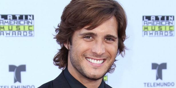 Exterminador do Futuro 6 escala Diego Boneta, da série Scream Queens