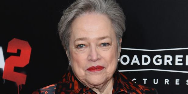 The Big Bang Theory: Kathy Bates será mãe de Amy no final da 11ª temporada