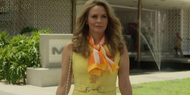 American Woman: Saiu o trailer da série estrelada por Alicia Silverstone