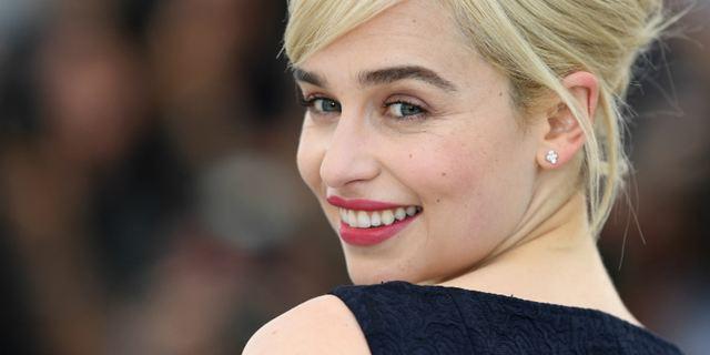 Emilia Clarke nega ter recusado papel em Cinquenta Tons de Cinza por causa de cenas de nudez