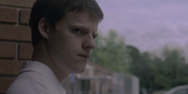 Boy Erased: Lucas Hedges enfrenta a 'cura gay' e o preconceito no trailer do drama