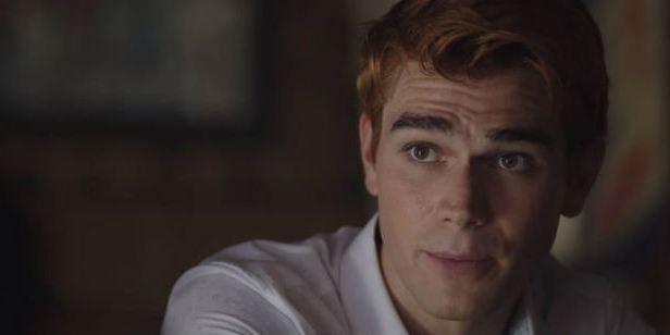 Comic-Con 2018: Trailer da terceira temporada de Riverdale promete mais problemas nas vidas de Archie e Betty