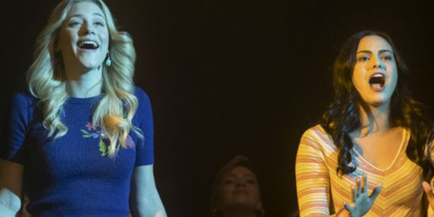 Comic-Con 2018: Riverdale terá outro episódio musical na terceira temporada