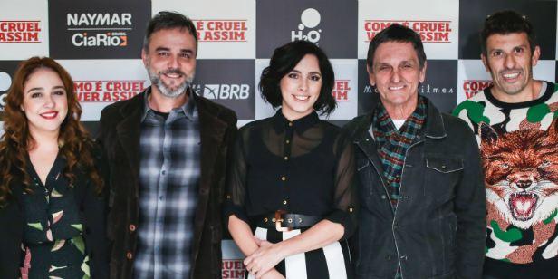 Como É Cruel Viver Assim: Pré-estreia conta com a presença da diretora Julia Rezende e elenco
