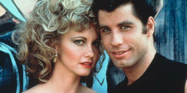 Grease: John Travolta e Olivia Newton-John se reencontram no 40º aniversário do musical