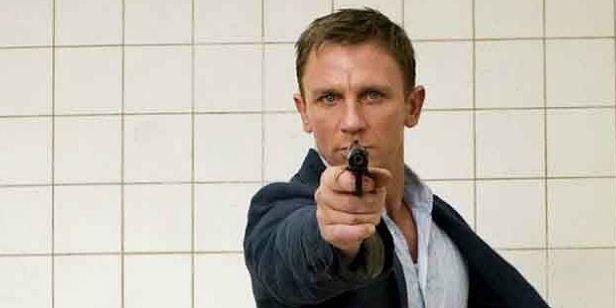 Bond 25: Danny Boyle pode ter abandonado a produção devido ao final chocante (Rumor)