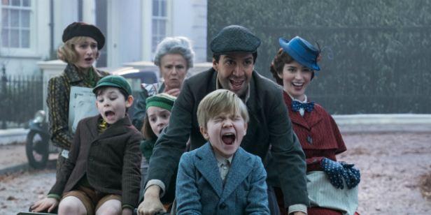 O Retorno de Mary Poppins: Novas imagens destacam  Meryl Streep e retorno de ator do filme original