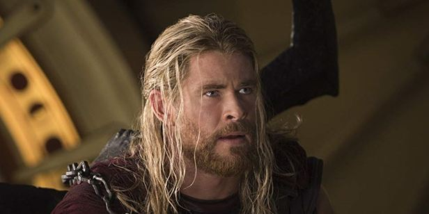 Filhos de Chris Hemsworth pensam que ele realmente é o Thor