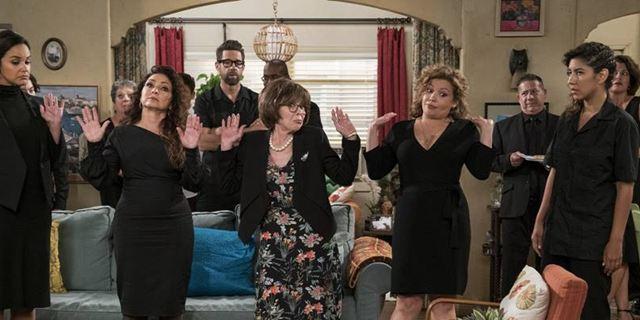 One Day at a Time apresenta uma família ainda maior em trailer da 3ª temporada