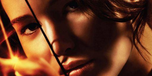 Filmes na TV: Hoje tem O Vizinho e Jogos Vorazes