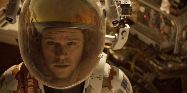 Filmes na TV: Hoje tem Perdido em Marte e Até que a Sorte nos Separe 2