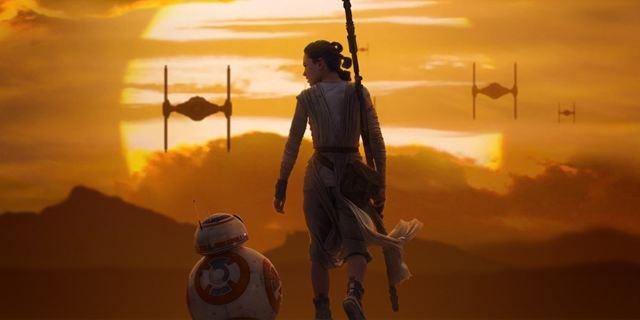 Filmes na TV: Hoje tem Star Wars: O Despertar da Força e Creed: Nascido para Lutar